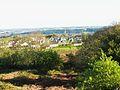 Lampaul-Guimiliau 015 Vue générale du bourg depuis la butte du télégraphe.JPG