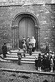 Le doyen refusant aux troupes allemandes l'accès à la collégiale.jpg