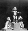 Le passé, le présent, l'avenir par le sculpteur Alix Marquet 1931.jpg