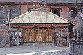 Le temple de Chhinnamasta (Changu Narayan) (8568902734).jpg