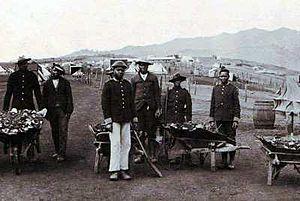 Len Taunyane - Taunyane (second from left) as a prisoner of war on Saint Helena, ca. 1900