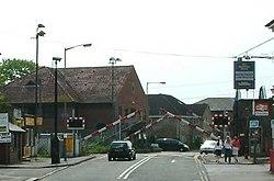 Level crossing - Chertsey - England - 270404