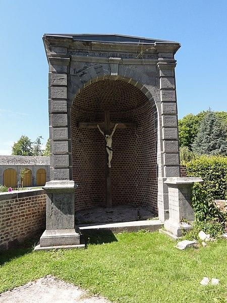 Liessies (Nord, Fr) calvaire près église