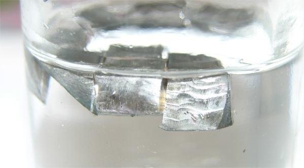 Lithium paraffin