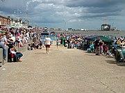 Lowestoft beach crowd