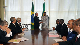 Amadou Toumani Touré - Amadou Touré with President Lula da Silva and government ministers of Brazil.