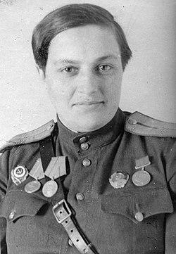 Lyudmila Pavlichenko portrait.jpg
