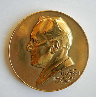 John Loudon (politician) - Image: Médaille John LOUDON Paris 1939 (1)
