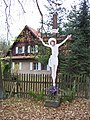 Mšeno, Romanov, hájovna Na Rovinách, kříž.jpg