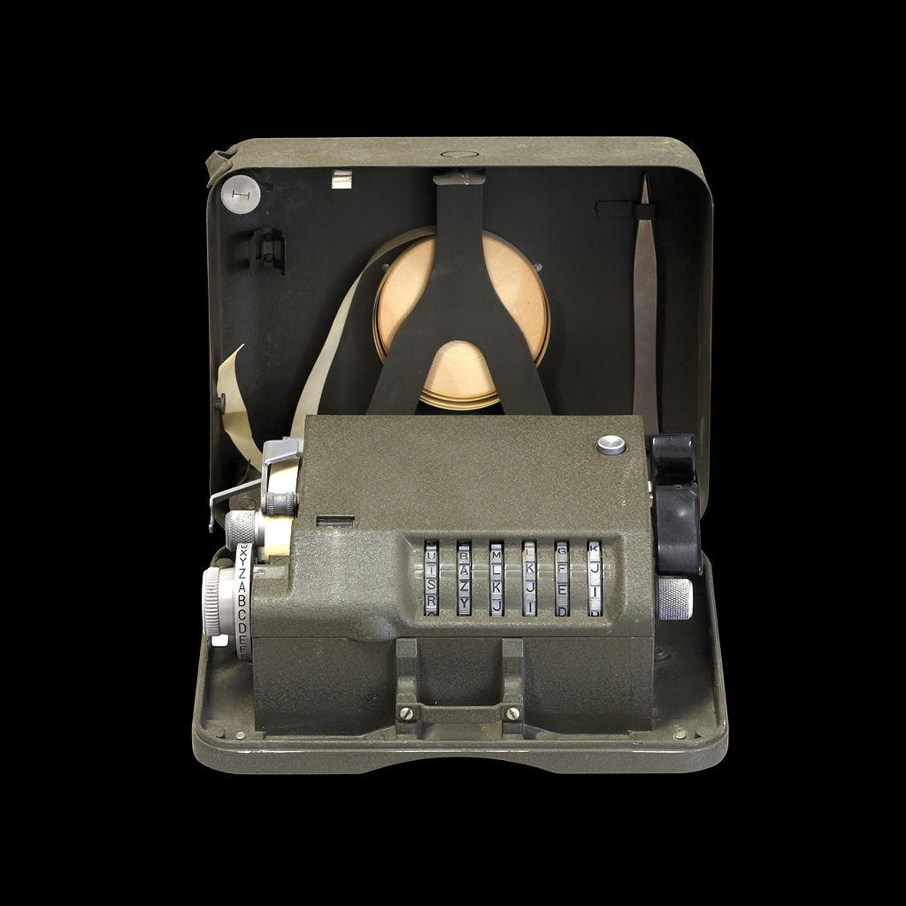 M209B-IMG 0553-black