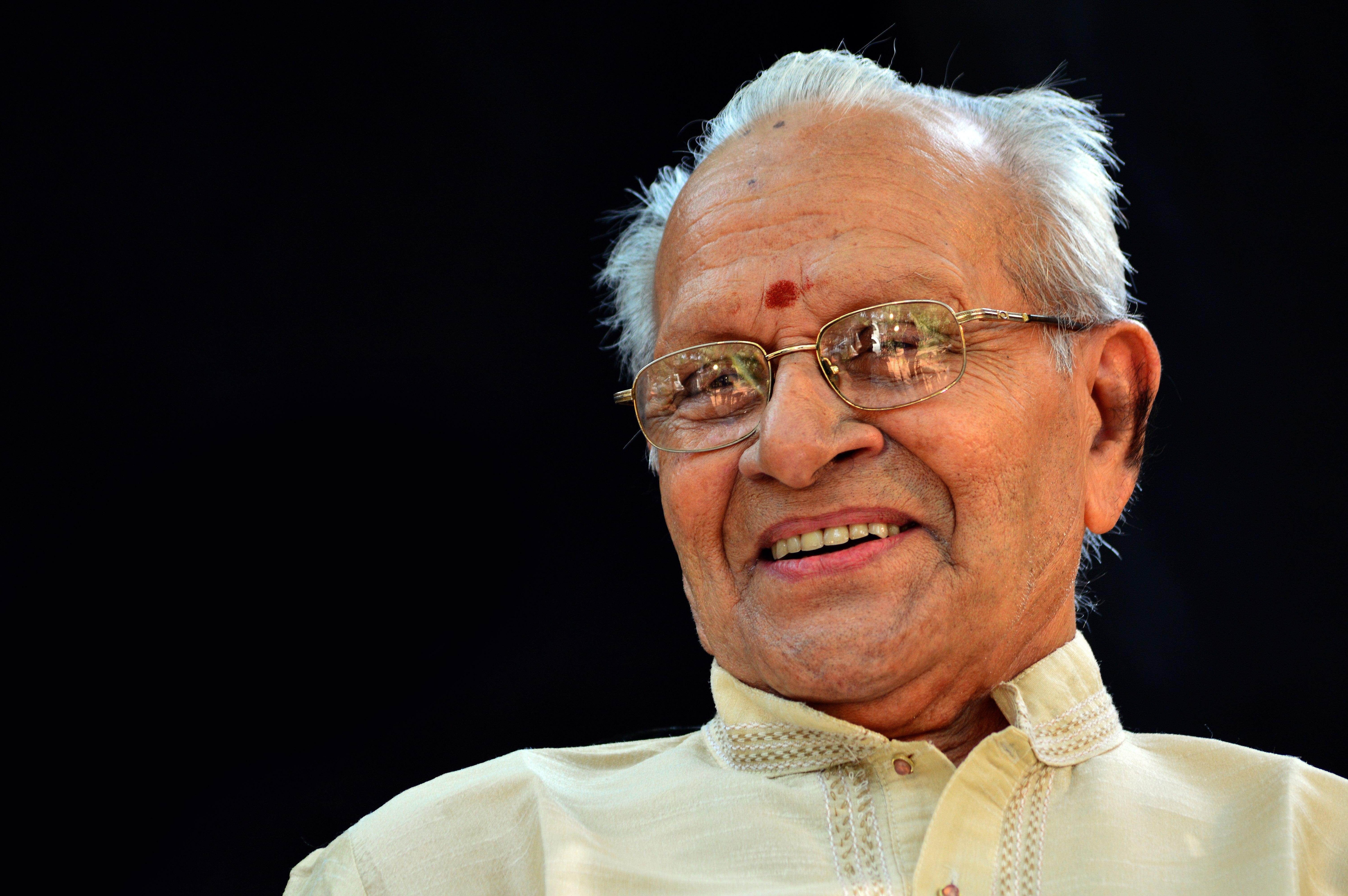 Madavoor Vasudevan Nair - The complete information and online sale