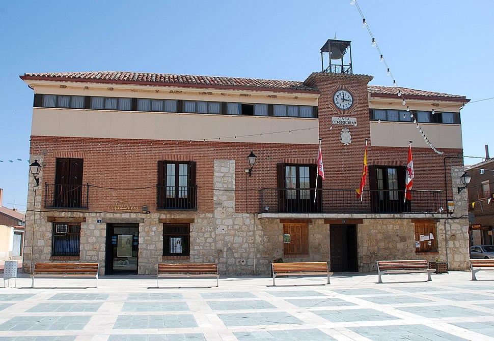 Magaz de Pisuerga 003 Town hall