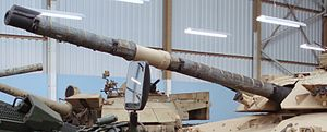 Main gun on Challenger 1 tank at Bovington Tank Museum.jpg