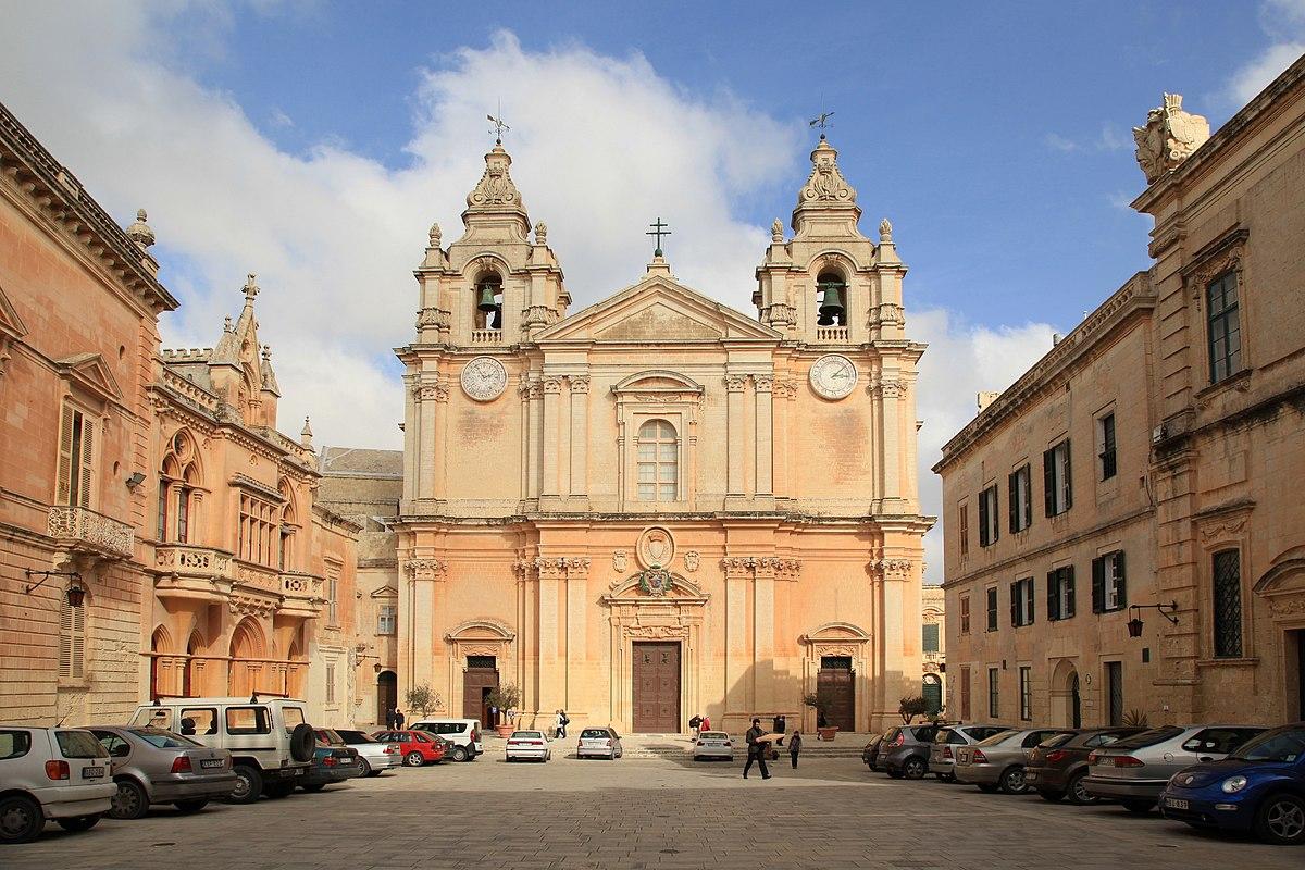 Resultado de imagem para saint paul cathedral mdina