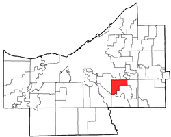 Location of Maple Heights in Cuyahoga County