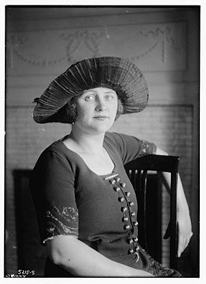 Margaret Young - Margaret Young in 1922