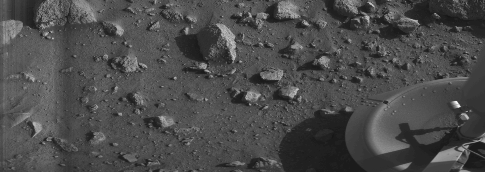 "First ""clear"" image ever transmitted from the surface of Mars – shows rocks near the Viking 1 lander (July 20, 1976)."