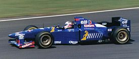 Martin Brundle driving the JS41 at the 1995 British Grand Prix.