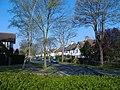 Mead Walk, Anlaby Park - geograph.org.uk - 401377.jpg