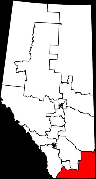 Medicine Hat—Cardston—Warner - Medicine Hat—Cardston—Warner in relation to other Alberta federal electoral districts as of the 2013 Representation Order.
