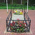 Memorial to US airman - geograph.org.uk - 253529.jpg