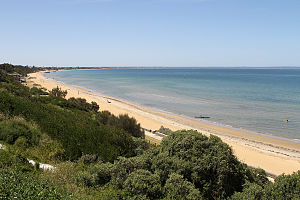 Mentone, Victoria - View over Mentone Beach and Beaumaris Bay south towards Mordialloc and Frankston