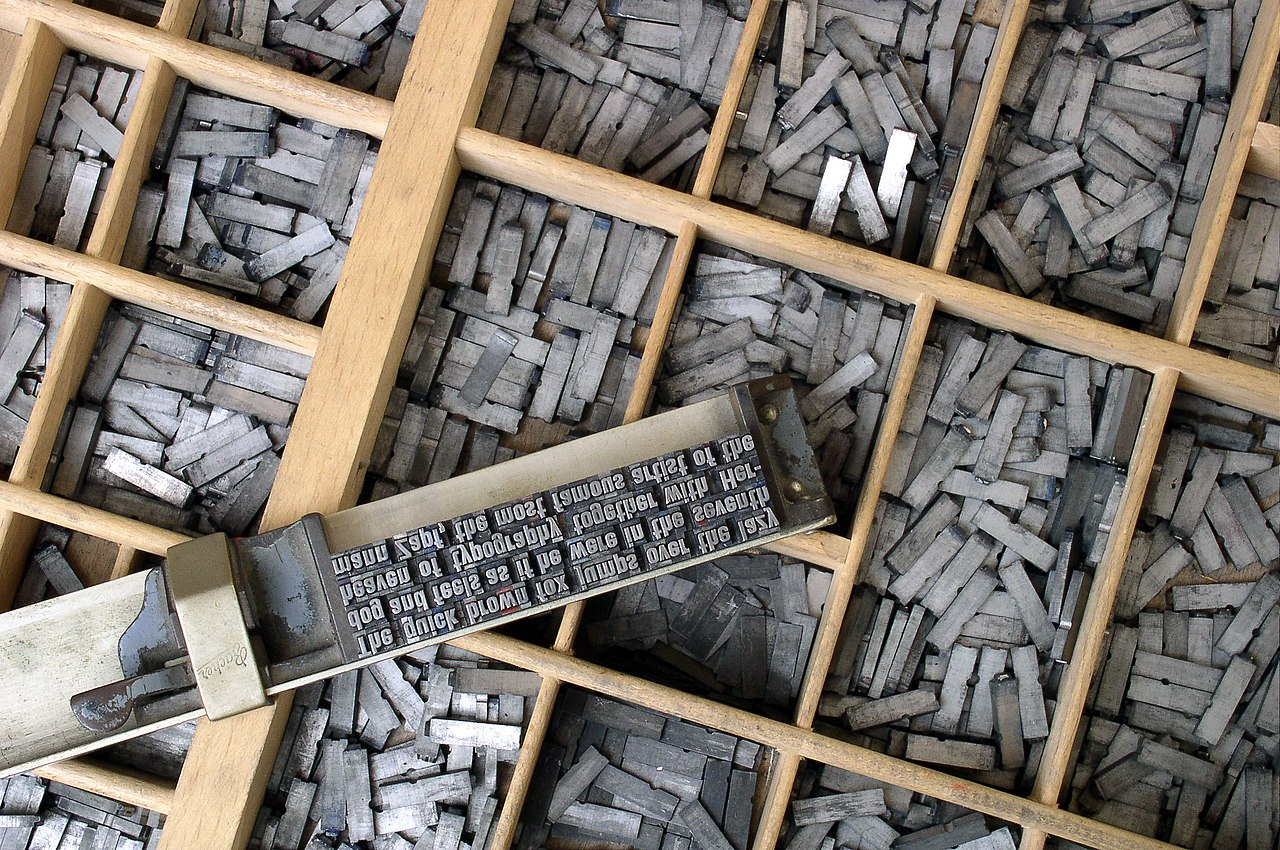 de allerbeste.nl   10 beste uitvindingen van de middeleeuwen   1280px Metal movable type