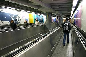 De Brouckère metro station - The moving walkway connecting the premetro station with the metro station