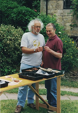 Time Team - Mick Aston and Tony Robinson, Time Team Series 8 shoot at Waltham Fields, Whittington, Gloucestershire, England, 2000, transmitted 2001