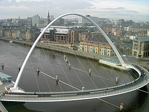 Tilt bridge - Gateshead Millennium Bridge lowered