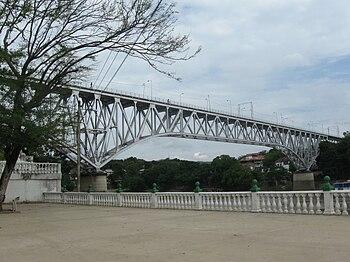 Vista del puente férreo de Girardot Flandes
