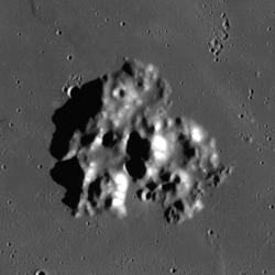 Mons Vinogradov (LRO).png