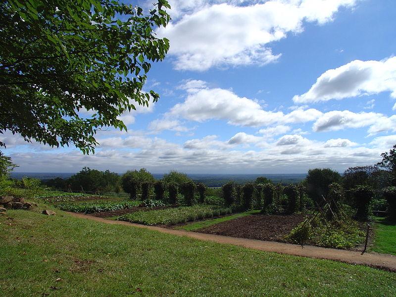 File:Monticello veggie garden.JPG