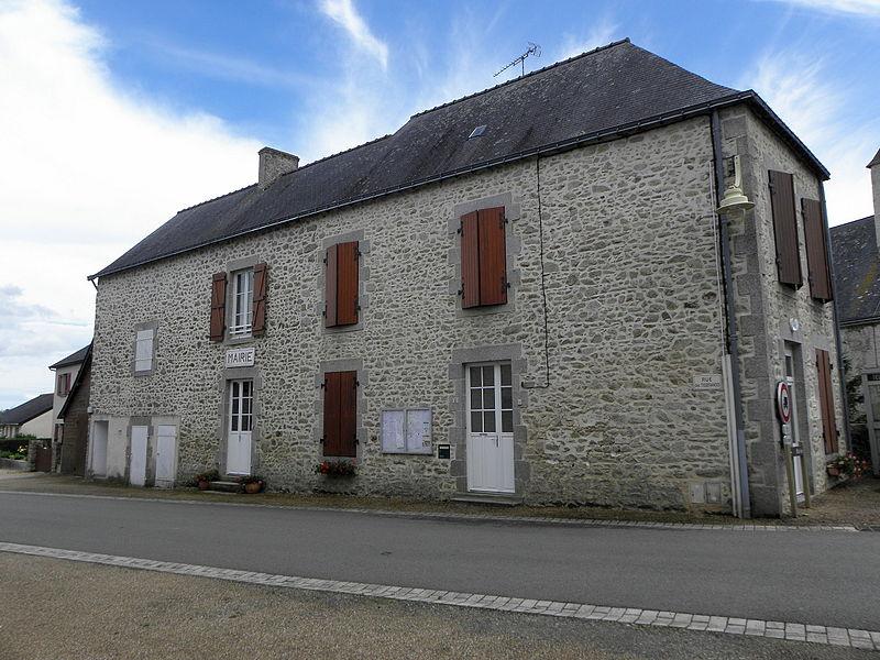Mairie de Montourtier (53).