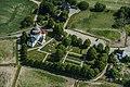 Munsö kyrka från luften.jpg