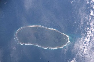 Teraina - Teeraina in April 2006, SSW on top. Note flooded bogland in west (right) part of island.