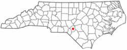 Location of Raeford, North Carolina