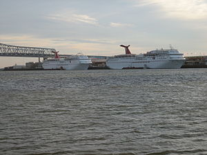 NOLAMissRiverResponderBoatsCCConnection16Nov05.jpg