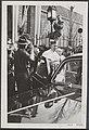 Na de inhuldiging verlaat de nieuwe kardinaal de Kathedrale Kerk te Utrecht waar, Bestanddeelnr 048-0395.jpg
