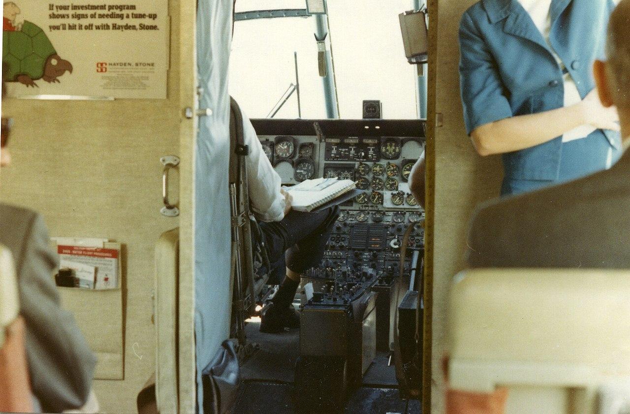 File new york airways helicopter shuttle with cockpit for Door to door transport