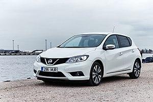 Nissan Pulsar - Image: Nissan Pulsar 2014 (15053387884)