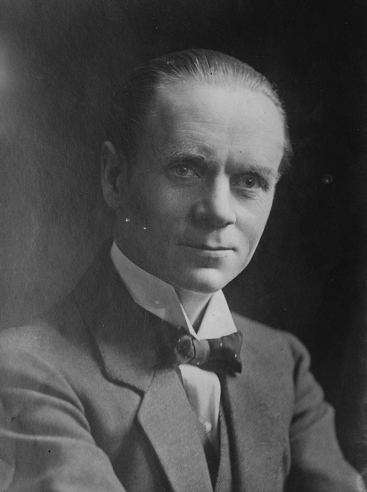 Norman Angell - Wikipedia