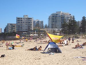 Cronulla, New South Wales - People on North Cronulla Beach