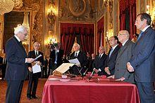 Mattarella presta giuramento come giudice costituzionale dinnanzi ai presidenti della Repubblica, del Senato e della Camera