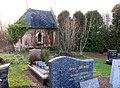Occoches cimetière (chapelle des comtes de Coupigny) 1.jpg
