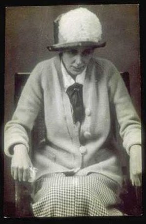 Olive Wharry - Olive Wharry after a 32-day hungerstrike in 1913