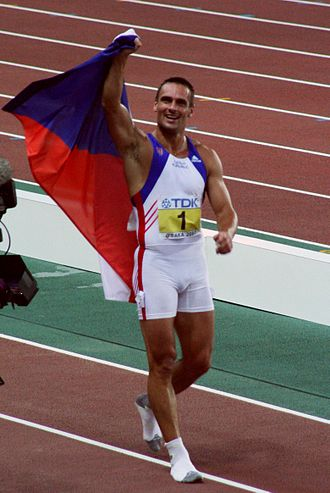 Decathlon world record progression - Roman Šebrle was the first man to score over 9,000 points.