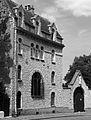 P1270020 Paris XVIII rue du Chevalier de la Barre n34 Carmel Montmartre bw rwk.jpg