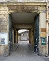 P1280234 Paris IX rue Cadet N9 rwk.jpg