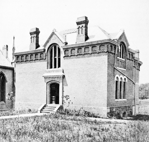 PSM V51 D092 Building of the davenport academy of natural sciences.png